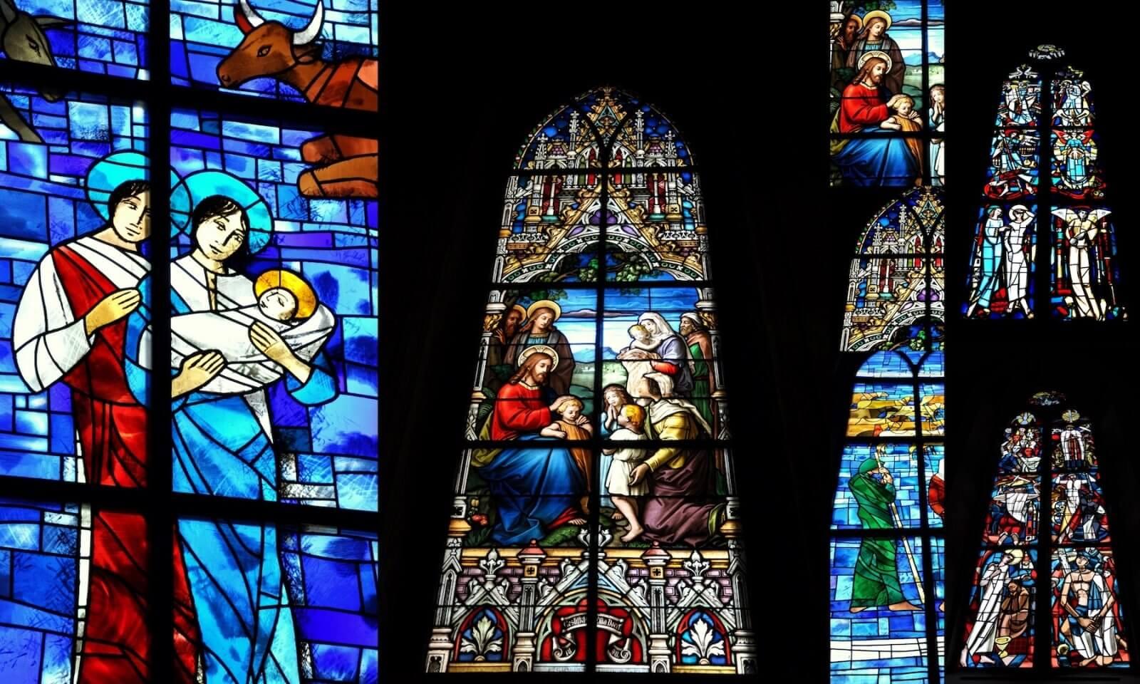 maria magdalena y jesus se besan