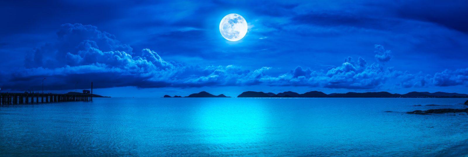 tarot luna azul
