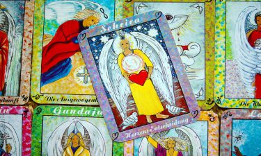 Los 9 Arcanos del Amor en el Tarot