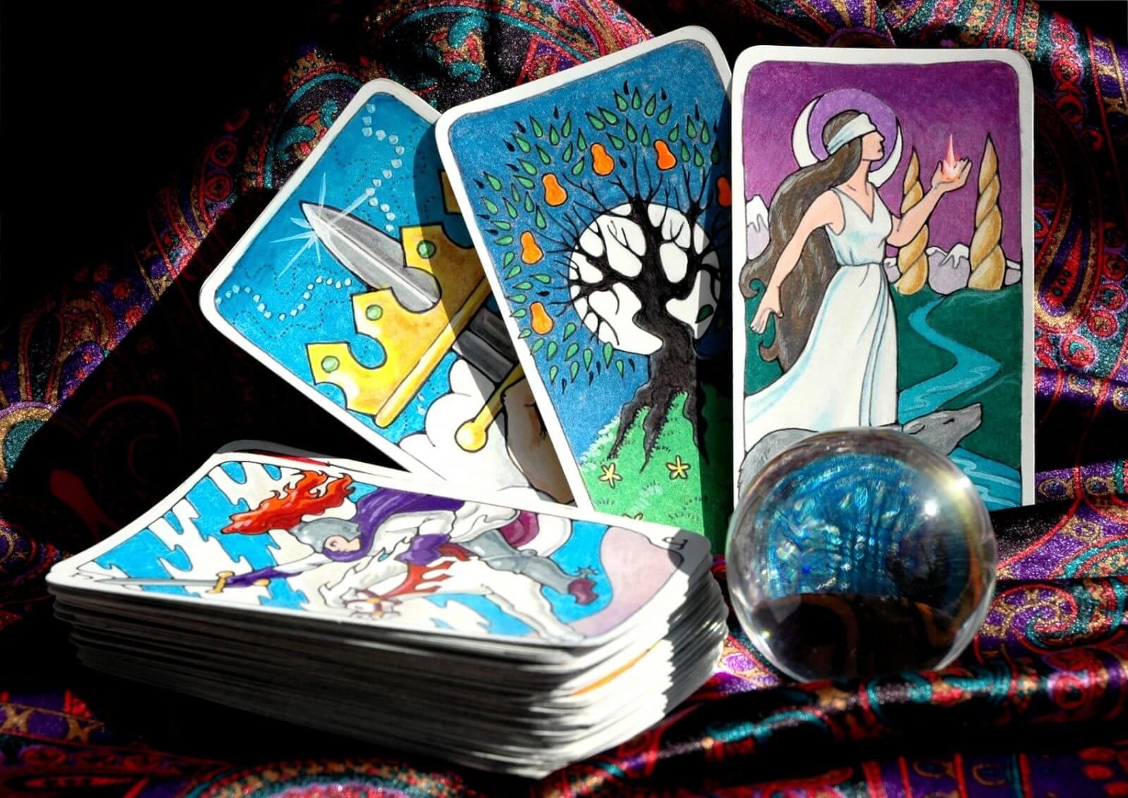 Dudas al echar las cartas del tarot