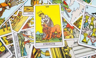 La Fuerza Echar las cartas del tarot