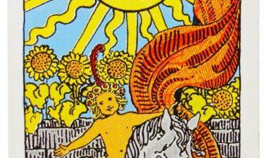 El Sol. Echar las cartas del tarot