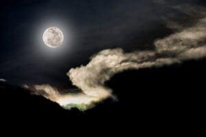 La Luna llena y el sueño