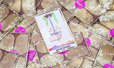 As de espadas - Echar las cartas