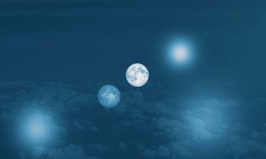 Las Dos Lunas de la Tierra