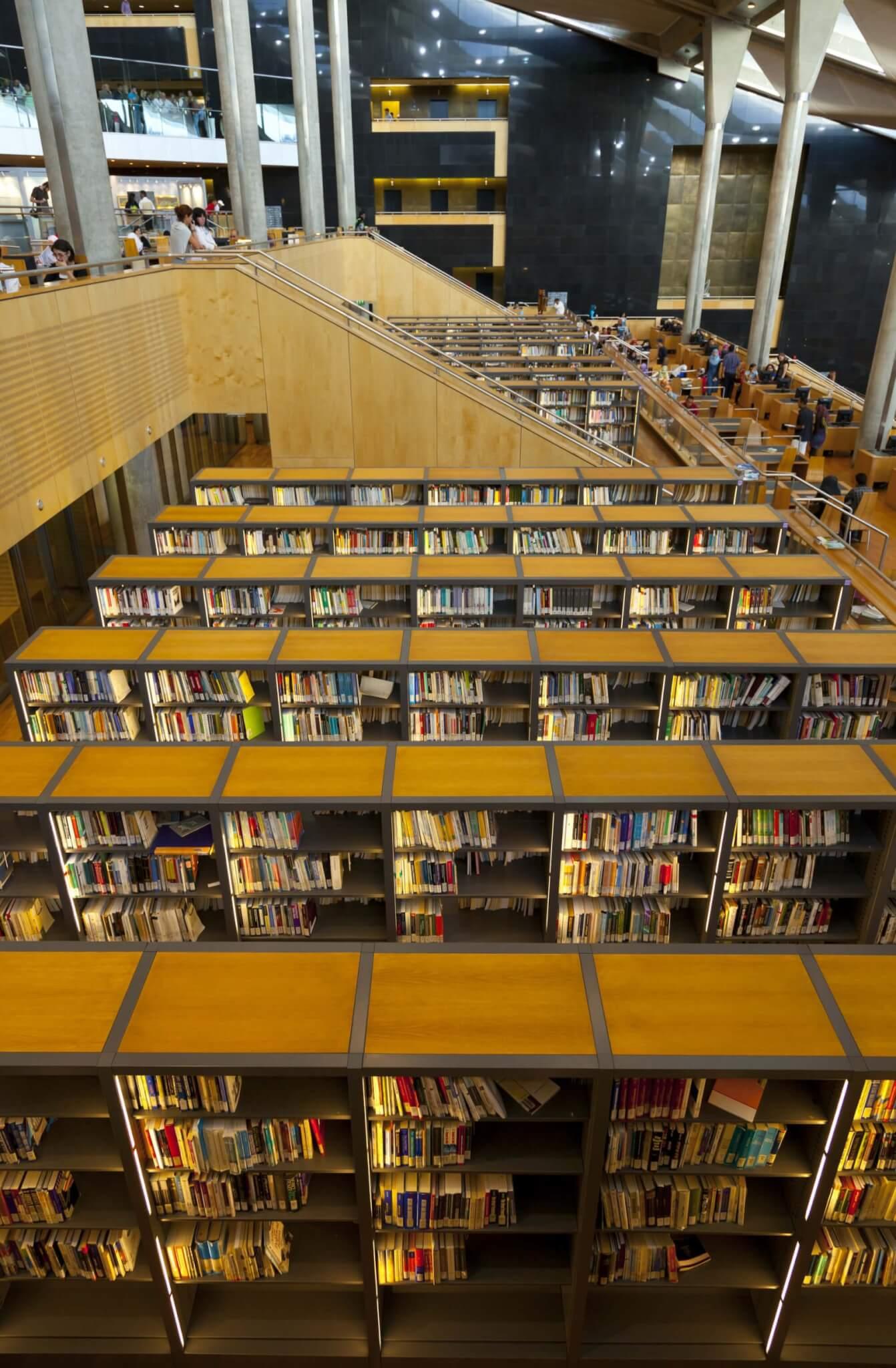hipatia y la biblioteca de alejandría