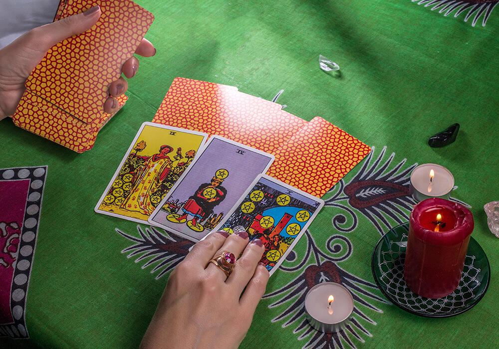 Las Leyes y su interpretación en el Tarot
