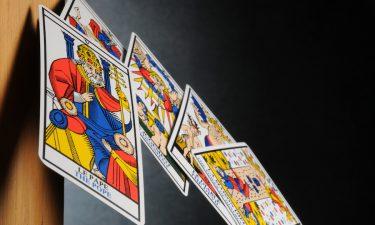 Qué te depara el destino con una tirada de Tarot gratis