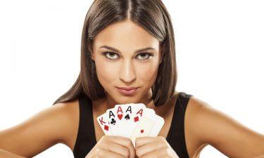 Tarot y las cartas de Juego