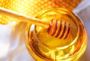 La miel de abeja y sus beneficios