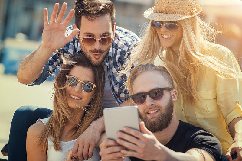reunirse con amigos sirve para potenciar tu mente