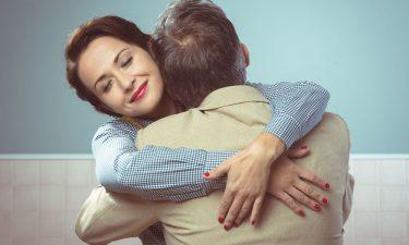 Tipos de abrazos y lo que cada uno significa